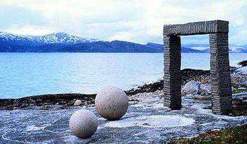 Himmel på jord, Skarstad/Efjord - Skulpturlandskap i Nordland