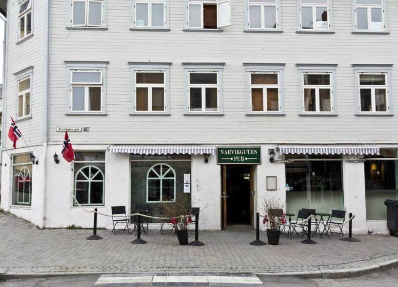 Narvikguten, Narvikguten Pub i gate 2