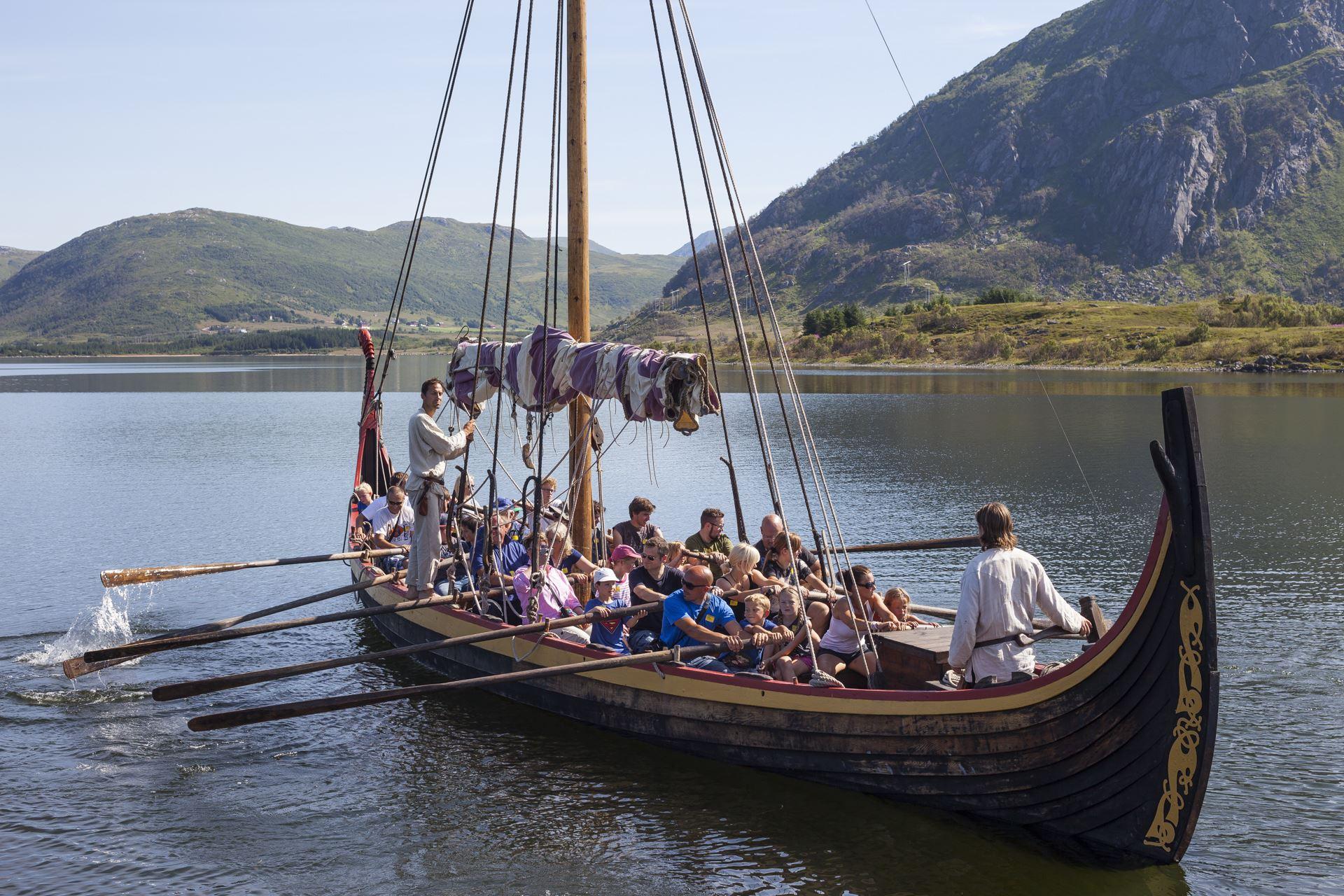 Heis seil på Lofotr Vikingmuseum!