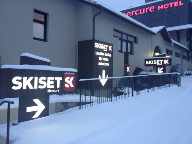 LOCATION MATERIELS SKISET