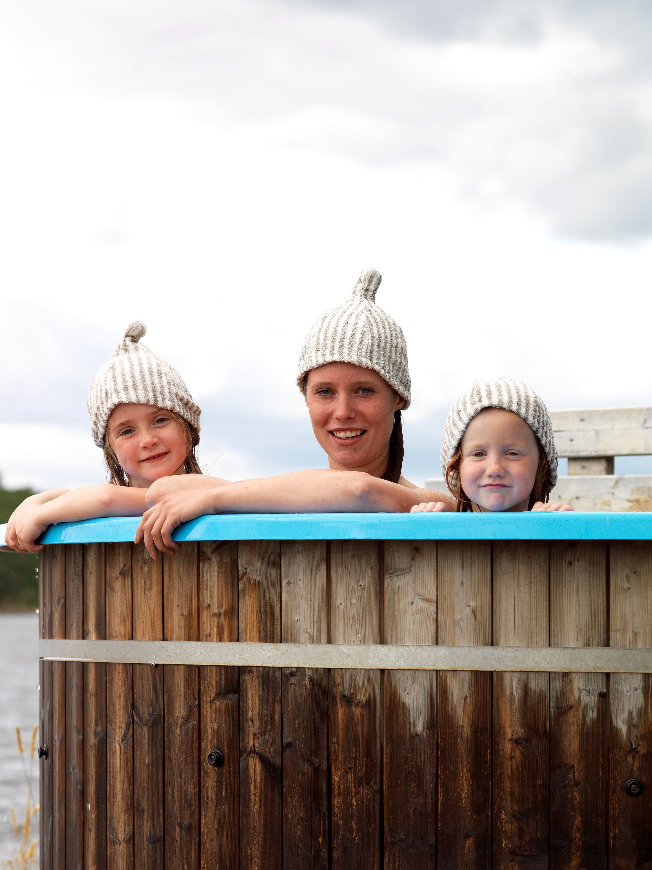 Sauna and hot tub at Hasselö