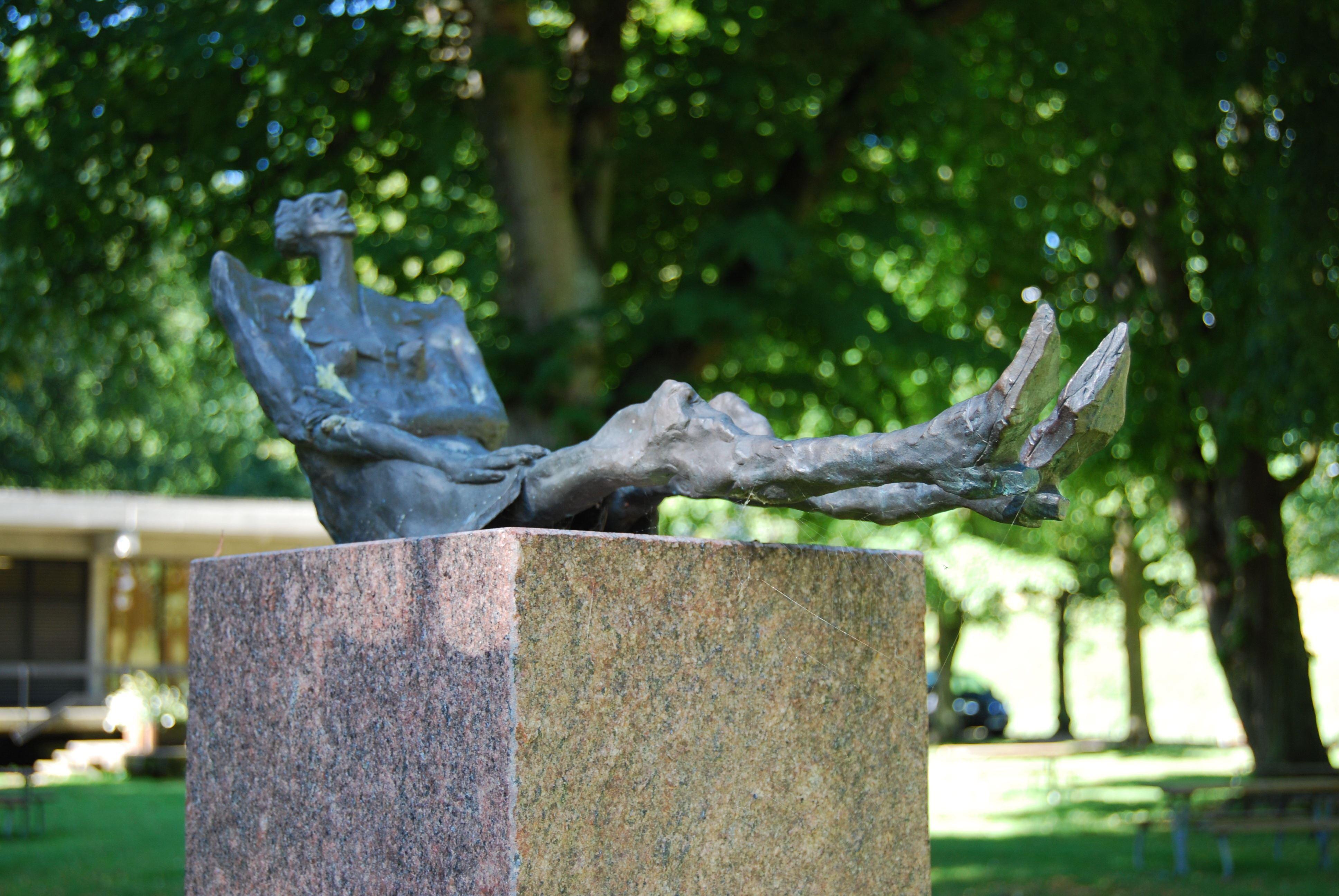 Foto: Turistbyrån Landskrona - Ven, Kaptensgårdens skulpturpark