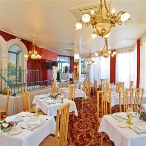 © Lourdes hotel Beausejour , HPH76 - Hôtel de charme de la Belle Epoque au pied des Pyrénées
