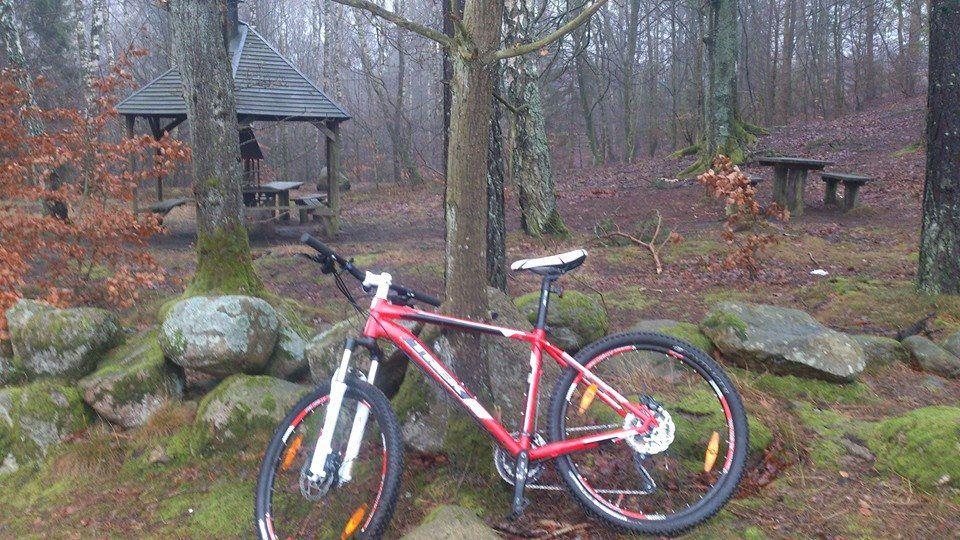 Hyr mountainbike på Äventyrscampen