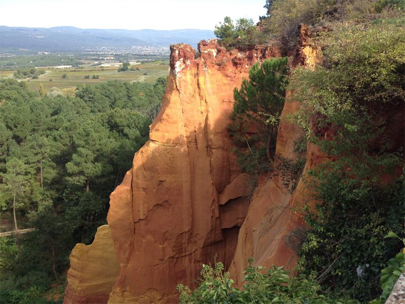 Excursion Hilltop villages of Provence : Fontaine de Vaucluse, Roussillon et Gordes