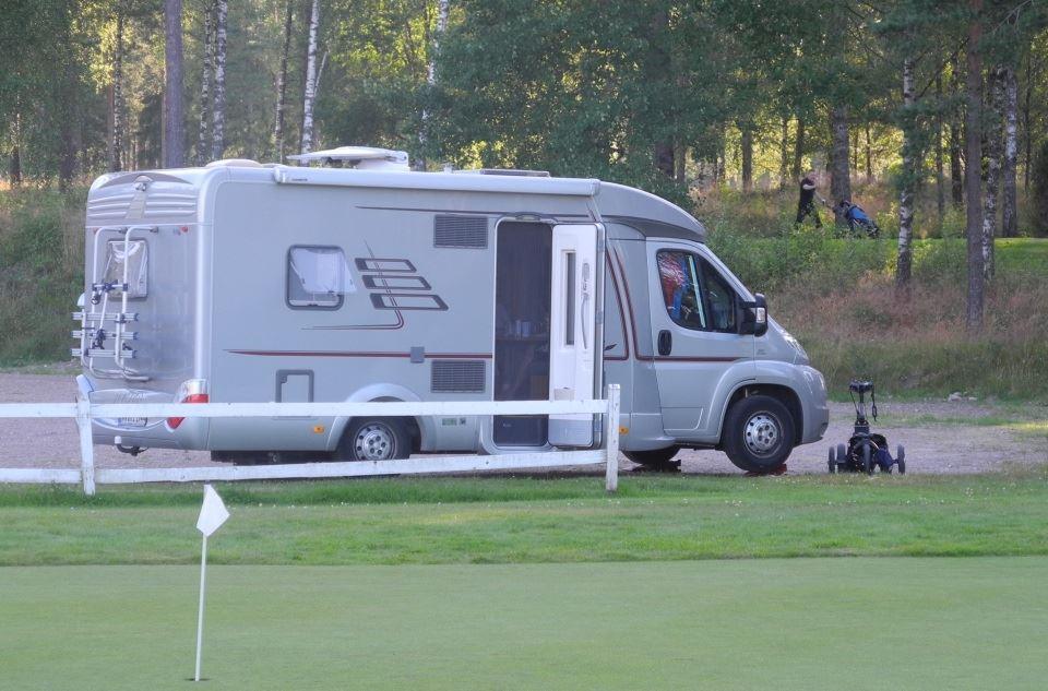Ställplats för husbilar på Isabergs golfklubb