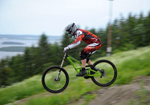 Downhill biking in the Skönvik's bike park