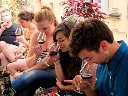 Special christmas tour, wine and chocolate