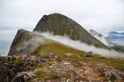 Guided hike on Brosmetinden – Tromsø Outdoor