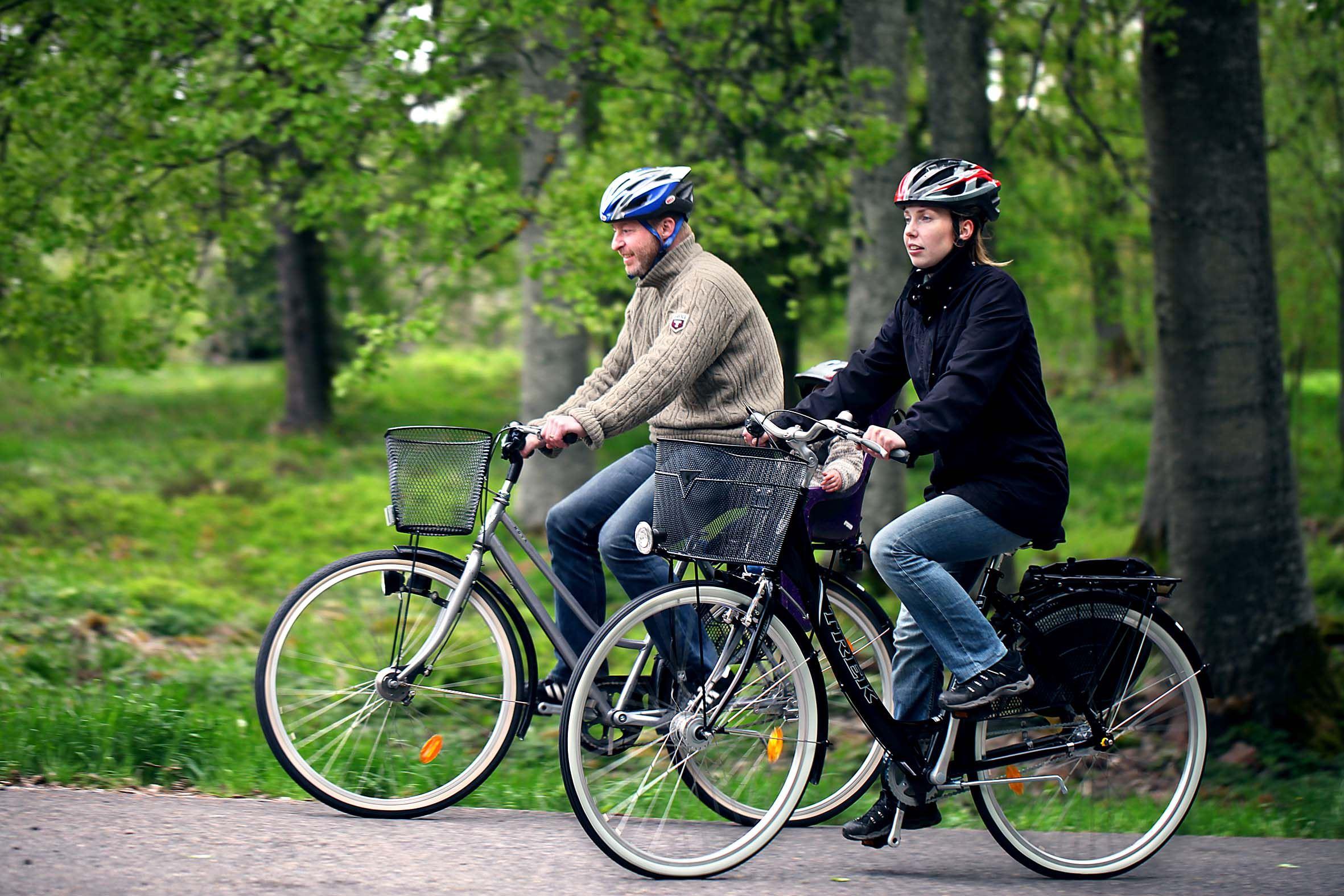 Cykla på banvallar