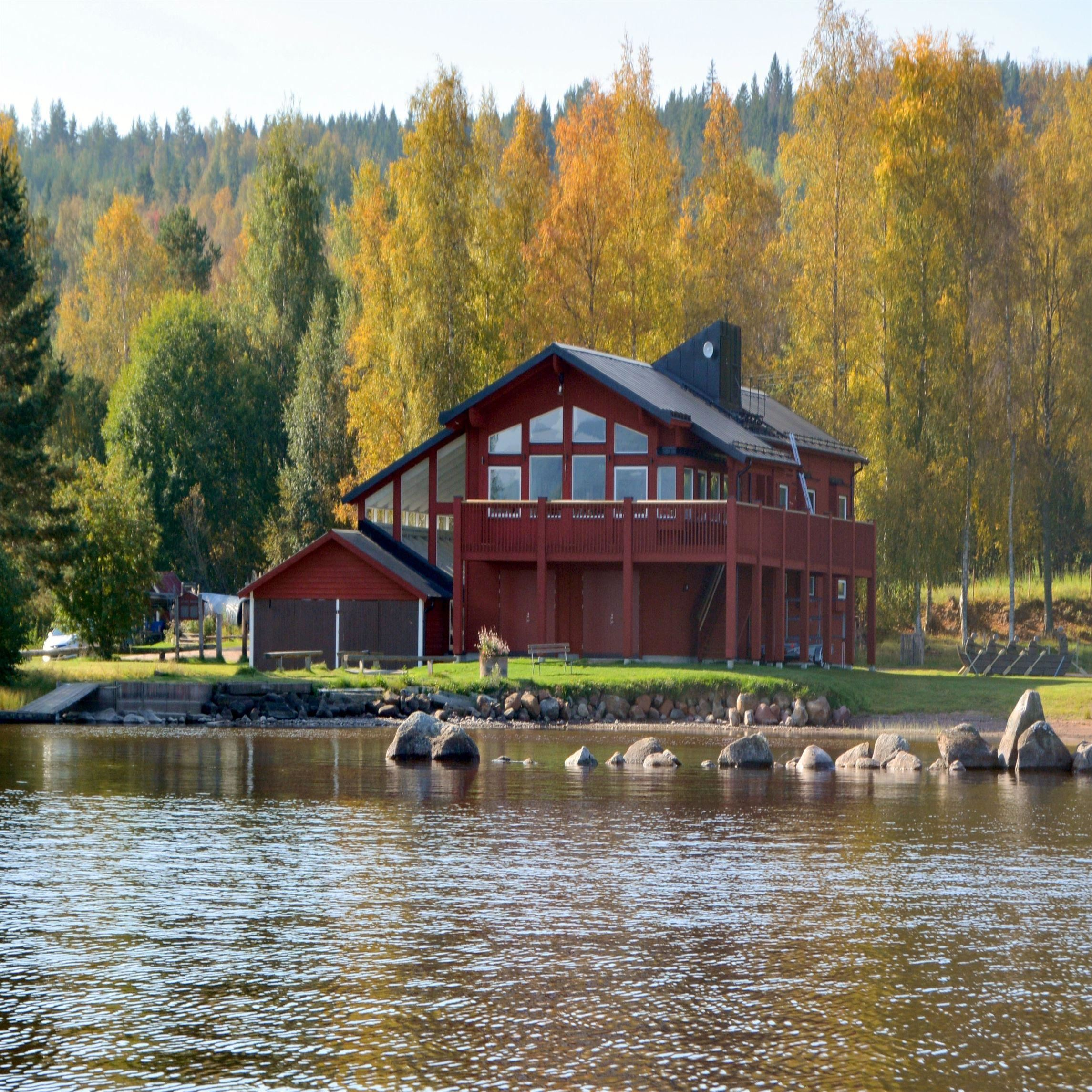 Kyrkbåtsutställning, Roddens Hus