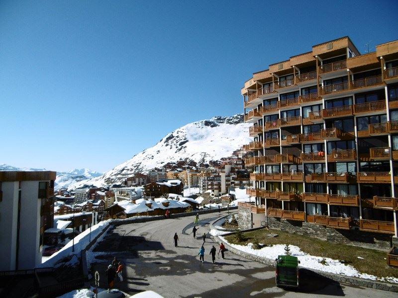 ROC DE PECLET 2 25 / STUDIO 4 PEOPLE - 2 SILVER SNOWFLAKES - CI