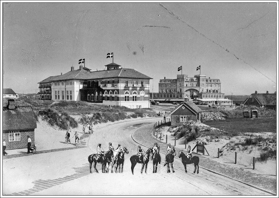 Fanø Bad anno 1900 by Strandskaden