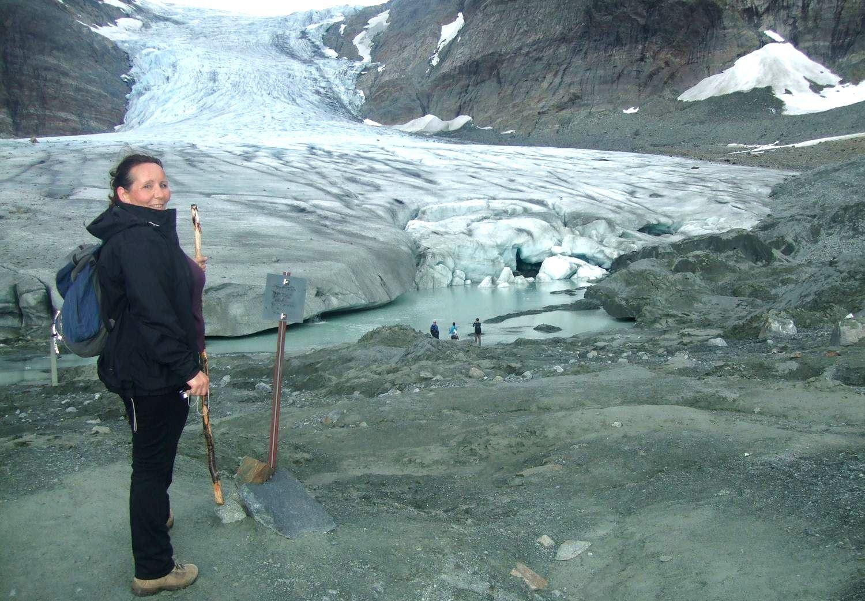 Glacier hike in Lyngen Alps - Aurora Alps
