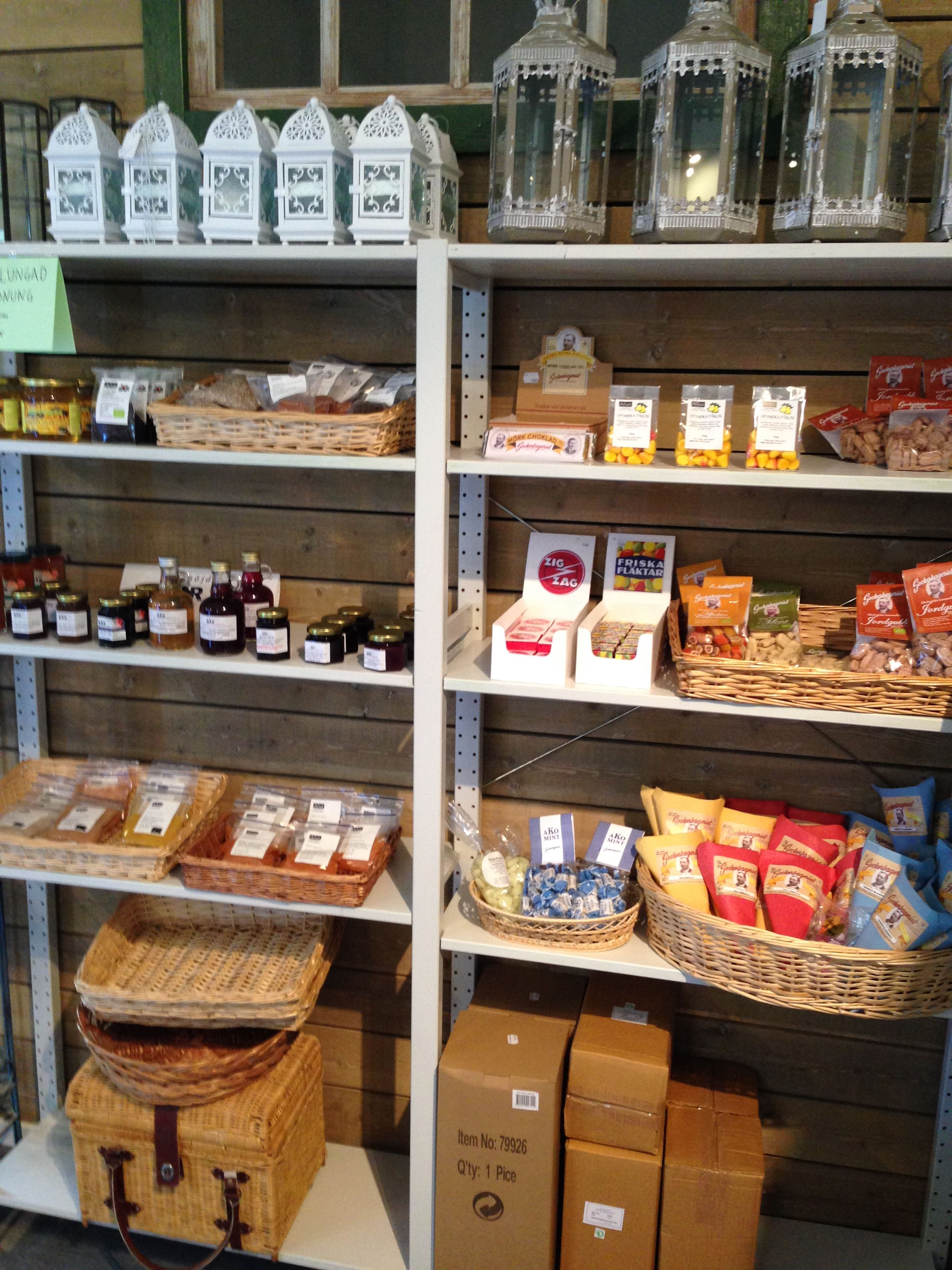 Leva farm shop