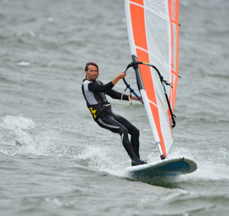 Nybörjarkurs i vindsurfing med Dynamic Windsurfing utrustning - 2 dagar