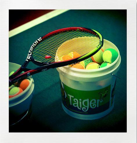 Tennisbana i Bäsna