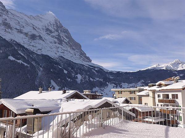Lägenhet för upp till 6 personer med 4 rum på J1 - Grindelwald
