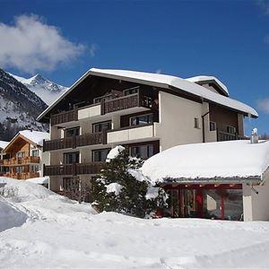 Lägenhet för upp till 6 personer med 3 rum på Azur - Saas-Almagell