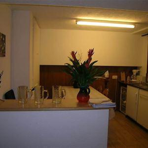Här erbjuds en 4-rums-lägenhet med 3 rum på Haus Schliechten - Saas-Fee