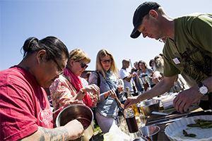 Danmarks største frugtvinsmesse på Frederiksdal Gods