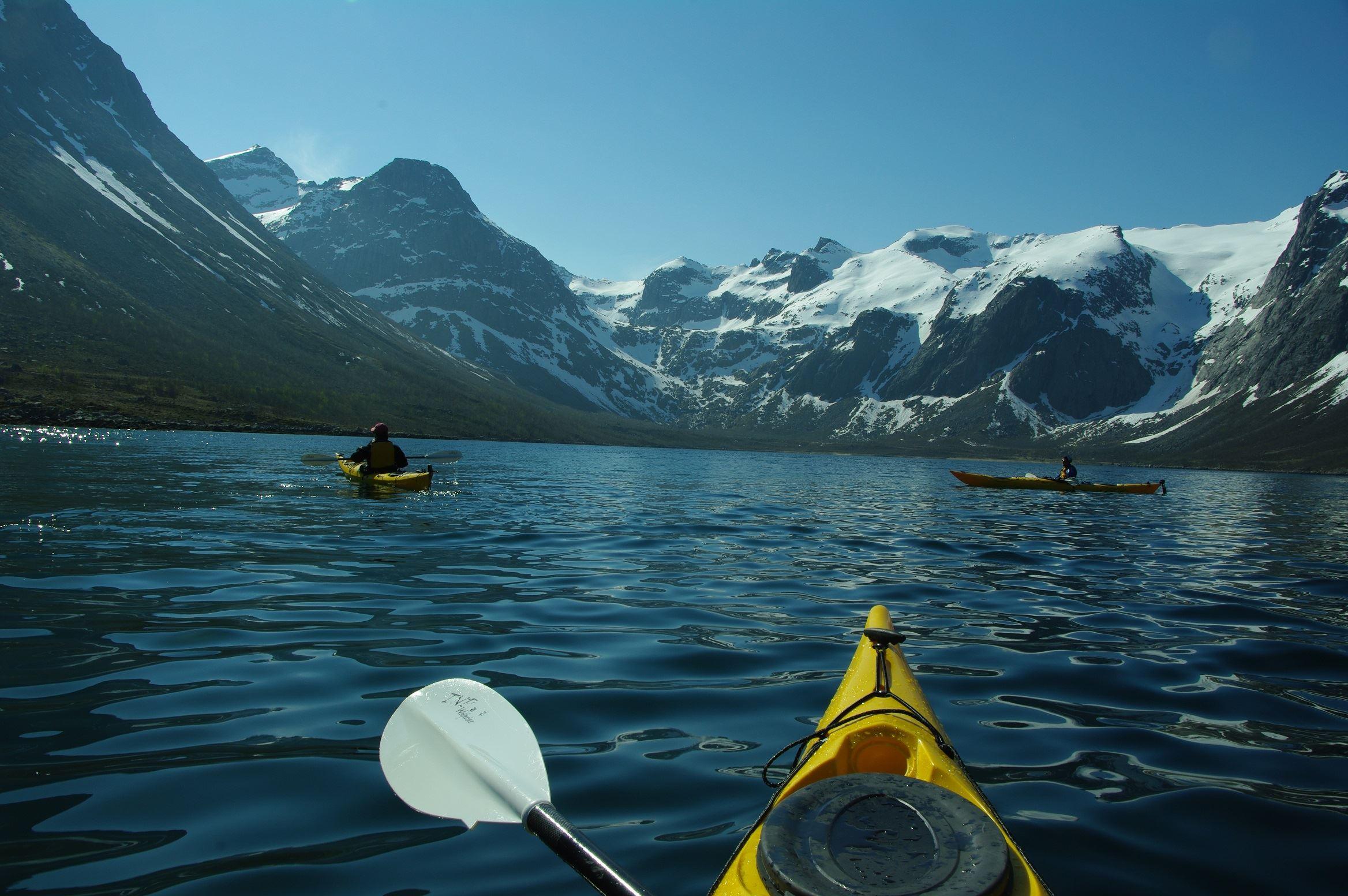 Sea Kayaking – Active Tromsø