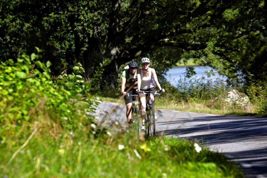 Åsnen runt, tour around lake Åsnen