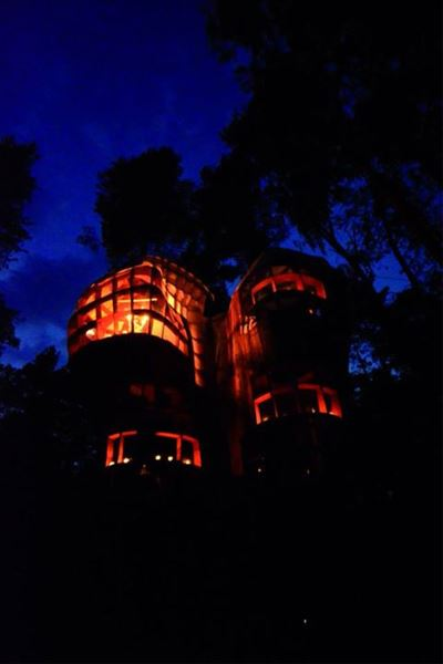 Islands Treehouses