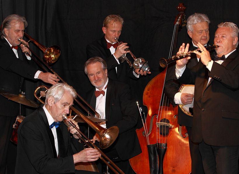 Jazzkonsert med Tuxedo Jazzband