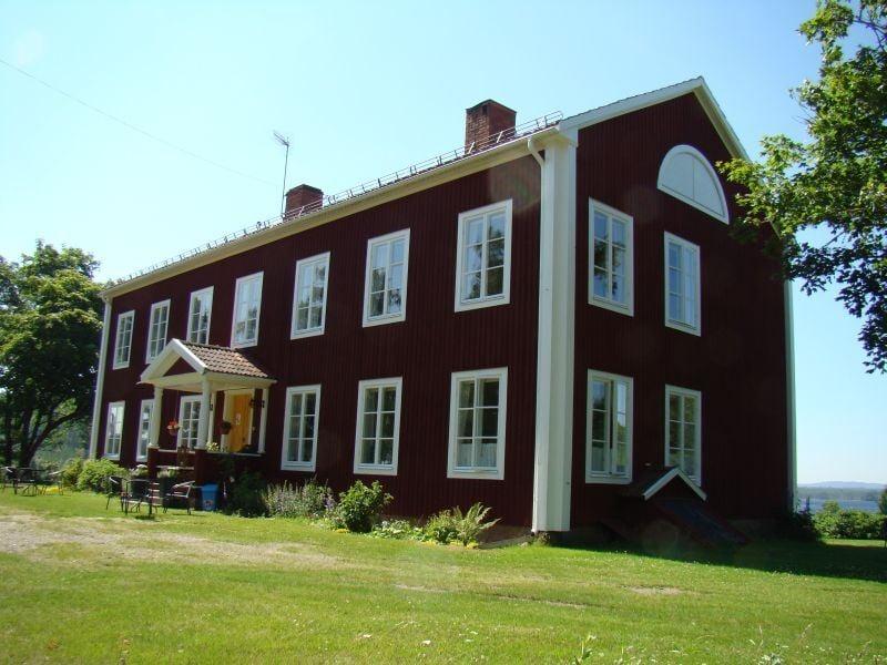 Lövsjöns Herrgård