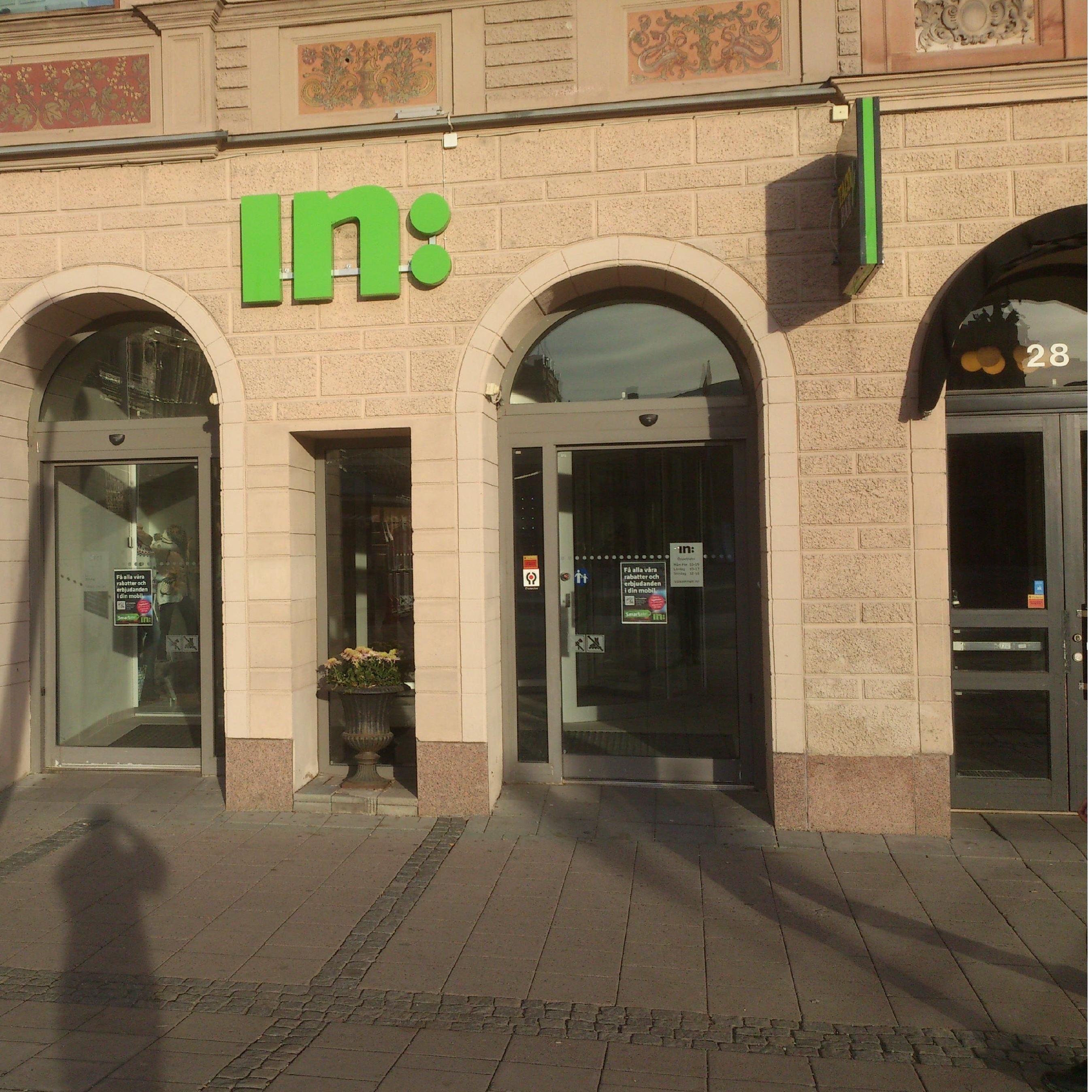 In: Einkaufszentrum