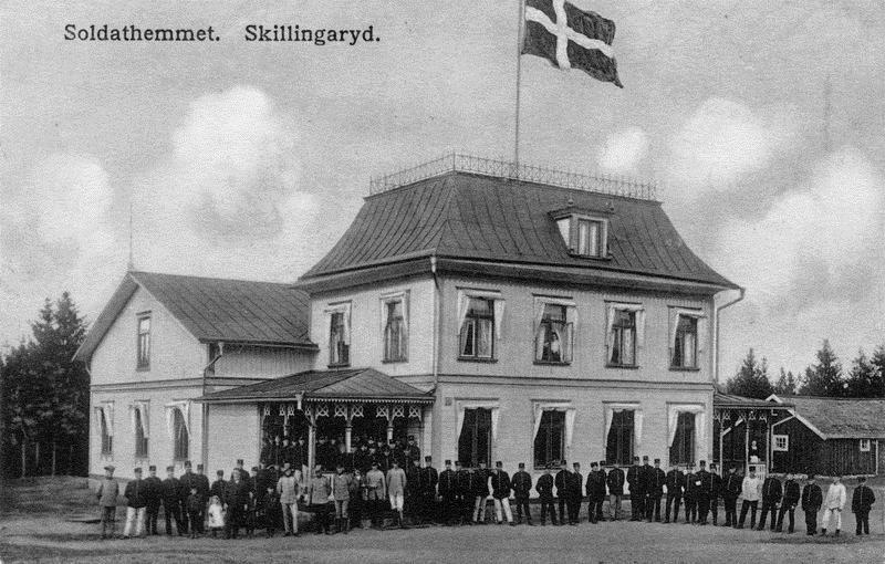 © Upphovsman: Ola Hugosson Upphovsrätt: Utslocknad upphovsrätt, Det första soldathemmet i Skillingaryd. Byggnaden flyttades senare till A6 i Jönköping. Bild från vykort.