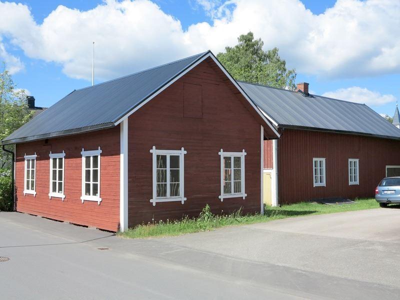 © Upphovsman: Foto Kjell Karlsson. Upplagd av Camilla Appelqvist Upphovsrätt: Alla rättigheter reserverade, Hjalmar Anderssons verkstäder från Fabriksgatan på 2000-talet.