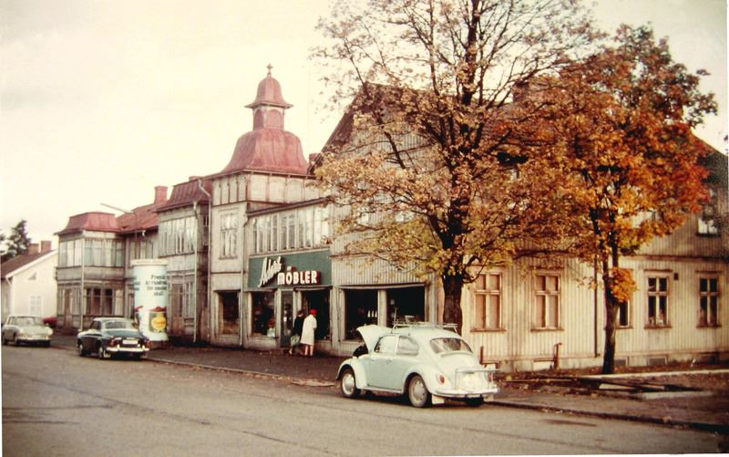 © Upphovsman: Upplagd av Camilla Appelqvist Upphovsrätt: Alla rättigheter reserverade, Ett av hotellen i Vaggeryd innan rivningen på 1970-talet.