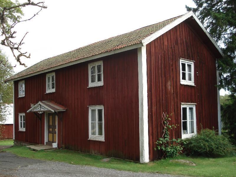 © Upphovsman: Ola Hugosson Upphovsrätt: Creative Commons , Norrgårdens gammelstuga Byggår ca 1850