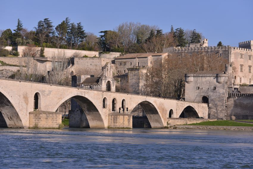 St Bénezet bridge + Popes palace