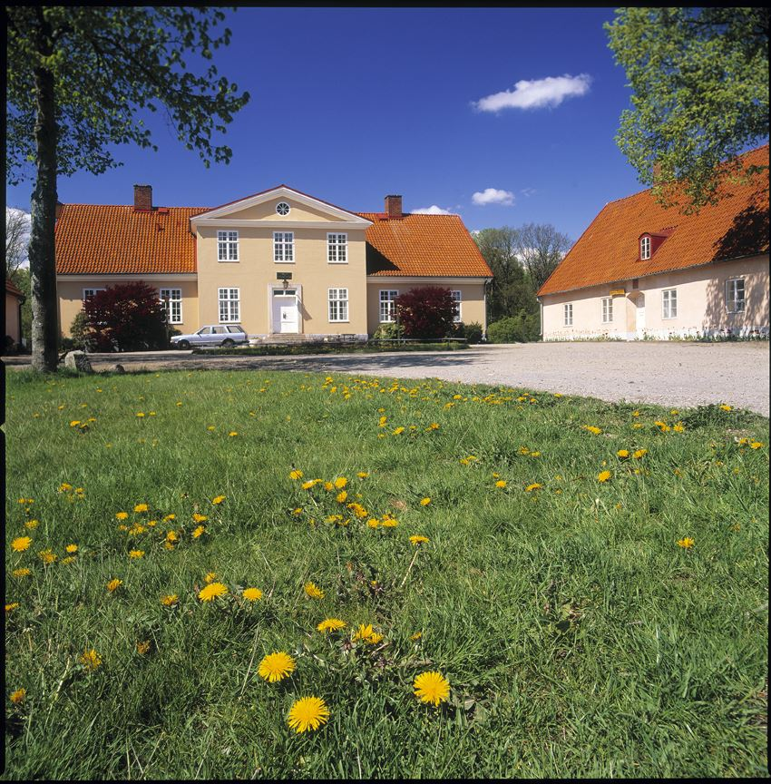 Hässleholmsgården - a manor house from the early 1500s.