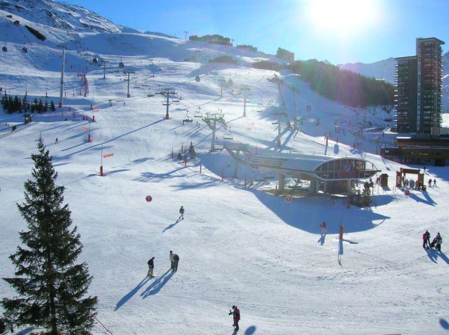 2 Pièces 6 Pers skis aux pieds / OISANS 44