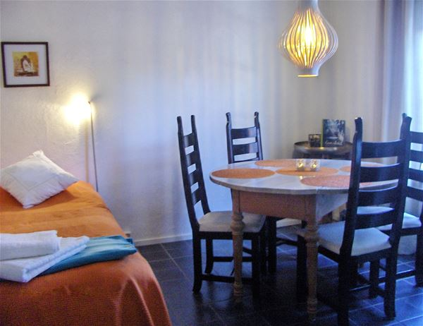 © Pause B&B, Bed & Breakfast PAUSE in central Tomelilla