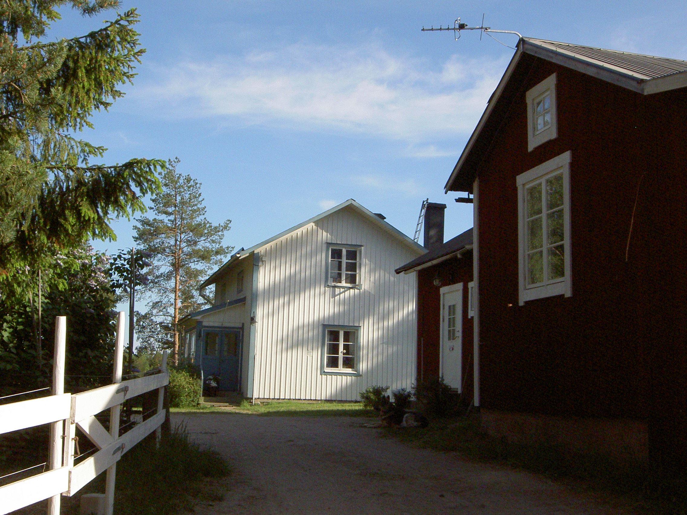 Bo på bondgård i Långhed