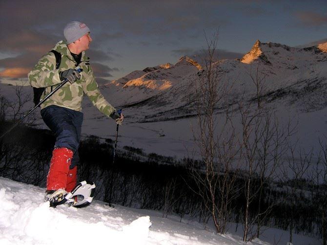 Snowshoe Night Walk – GuideGunnar (from Jan. 17.)