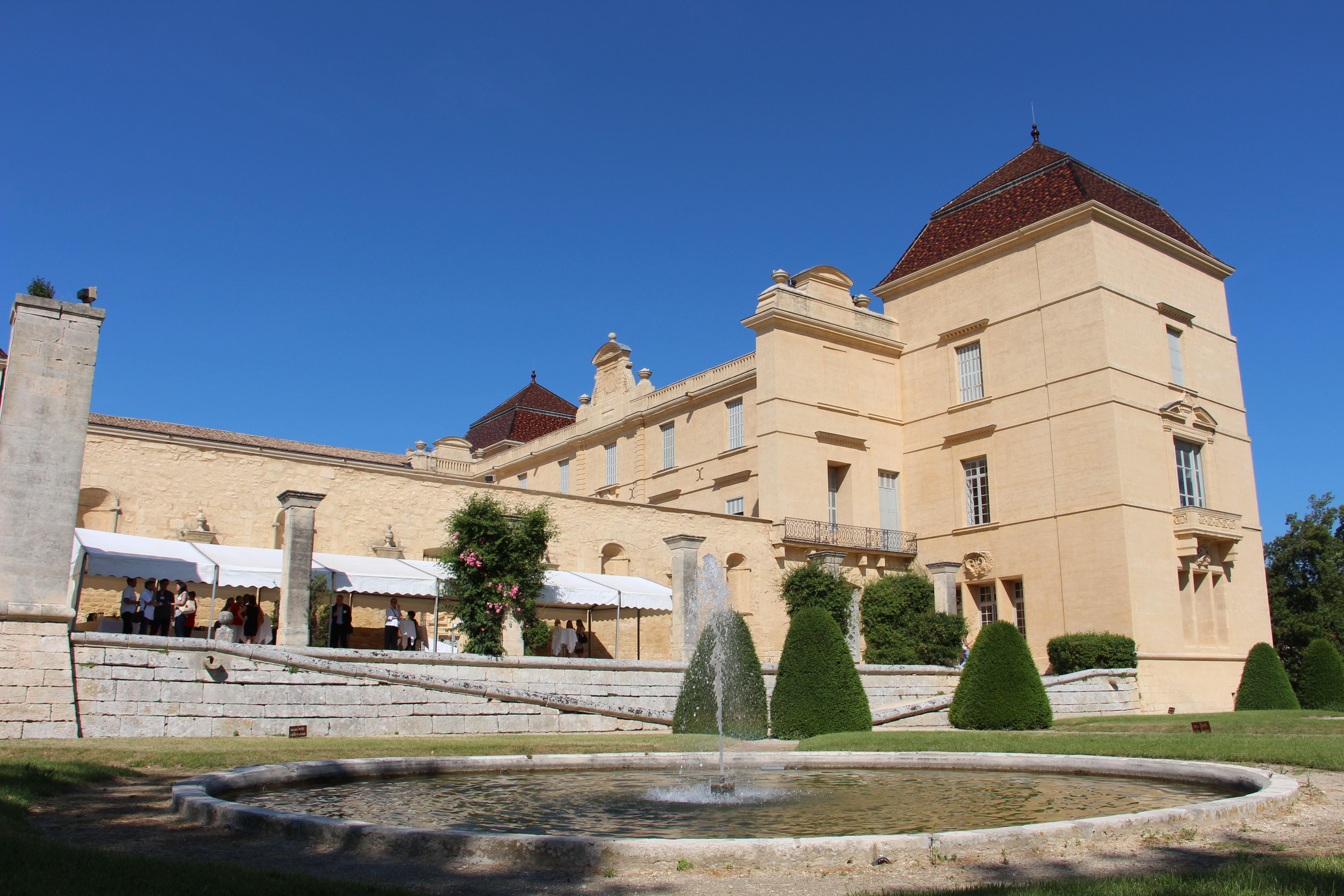 Castries & Camargue