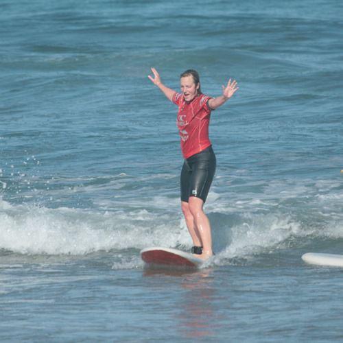 Ecole de surf Uhaina : de l'initiation au perfectionnement