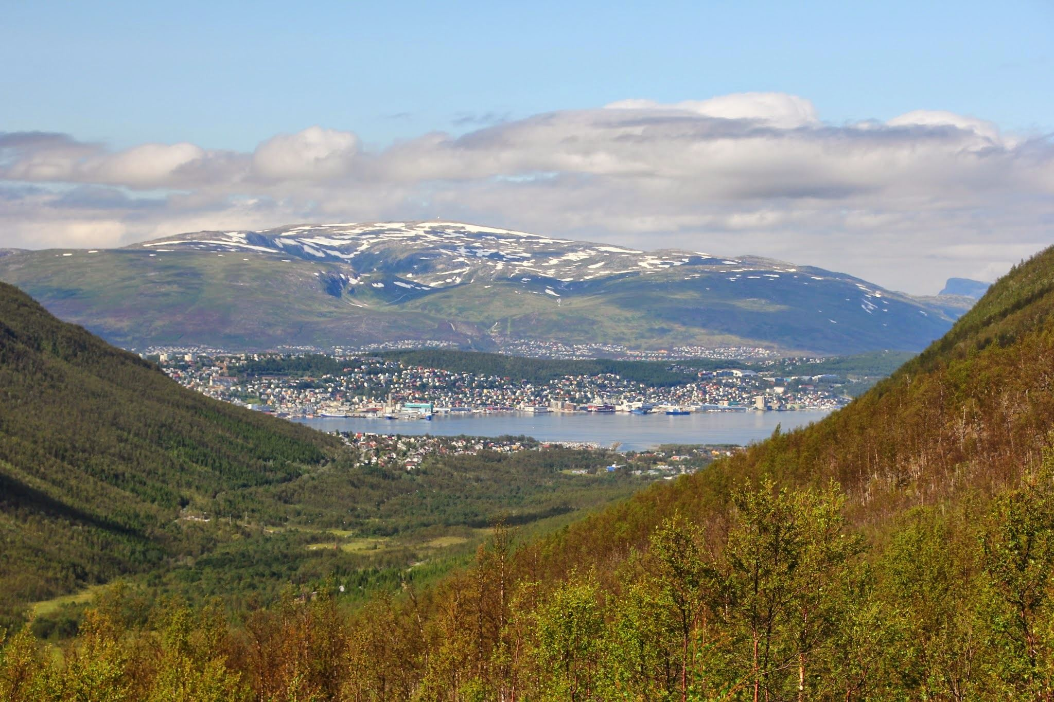 Guided Mountain Bike Trip Tromsø-Cable Car-Tromsdalen Valley - Tromsø Outdoor