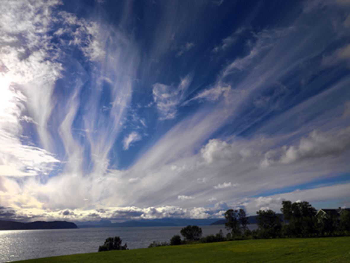 Privat Fjord / Midnattsol Tur - AuroraPhotoGuide