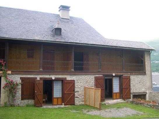 © CV65, VLG314 - Maison de caractère en village
