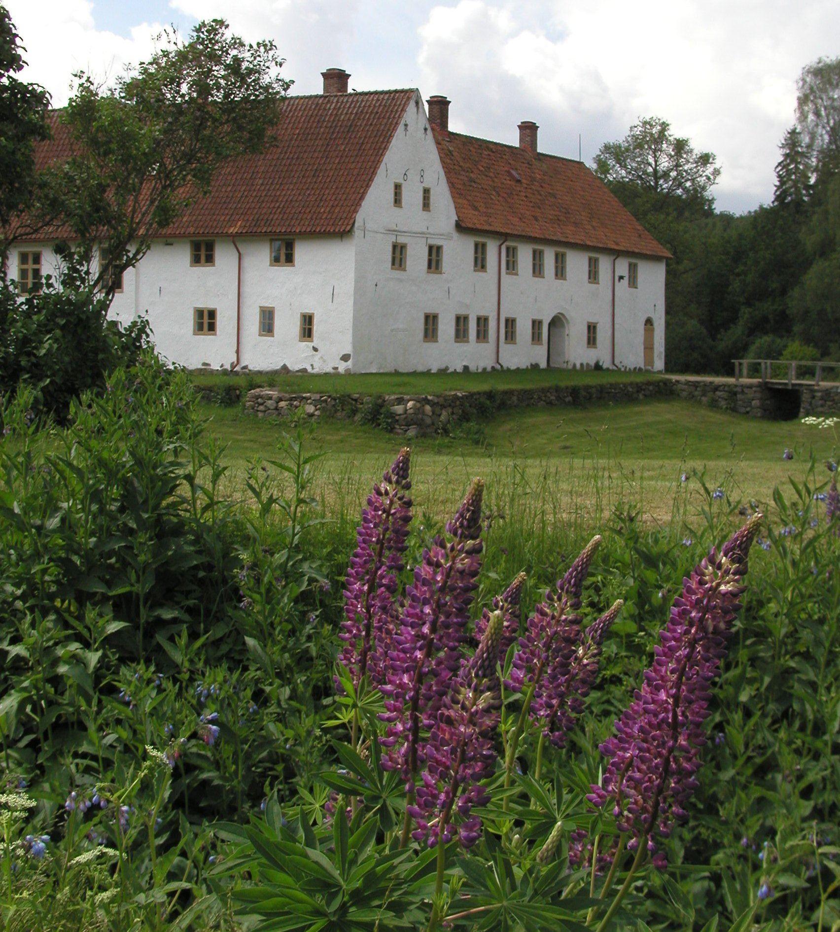 © Hovdala slott, Lek på Hovdala