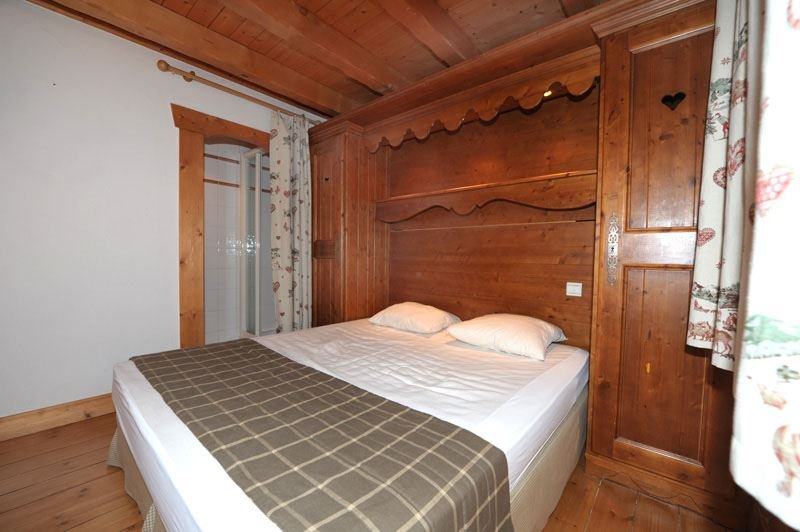 3 Rooms 8 Pers ski-in ski-out / ALPAGES DE REBERTY 24