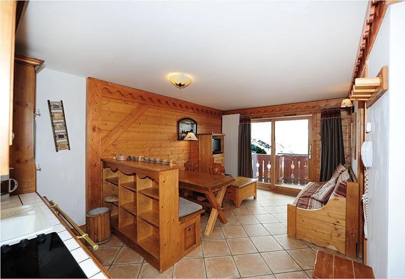 2 Rooms + cabin 6 Pers ski-in ski-out / ALPAGE DE REBERTY 139