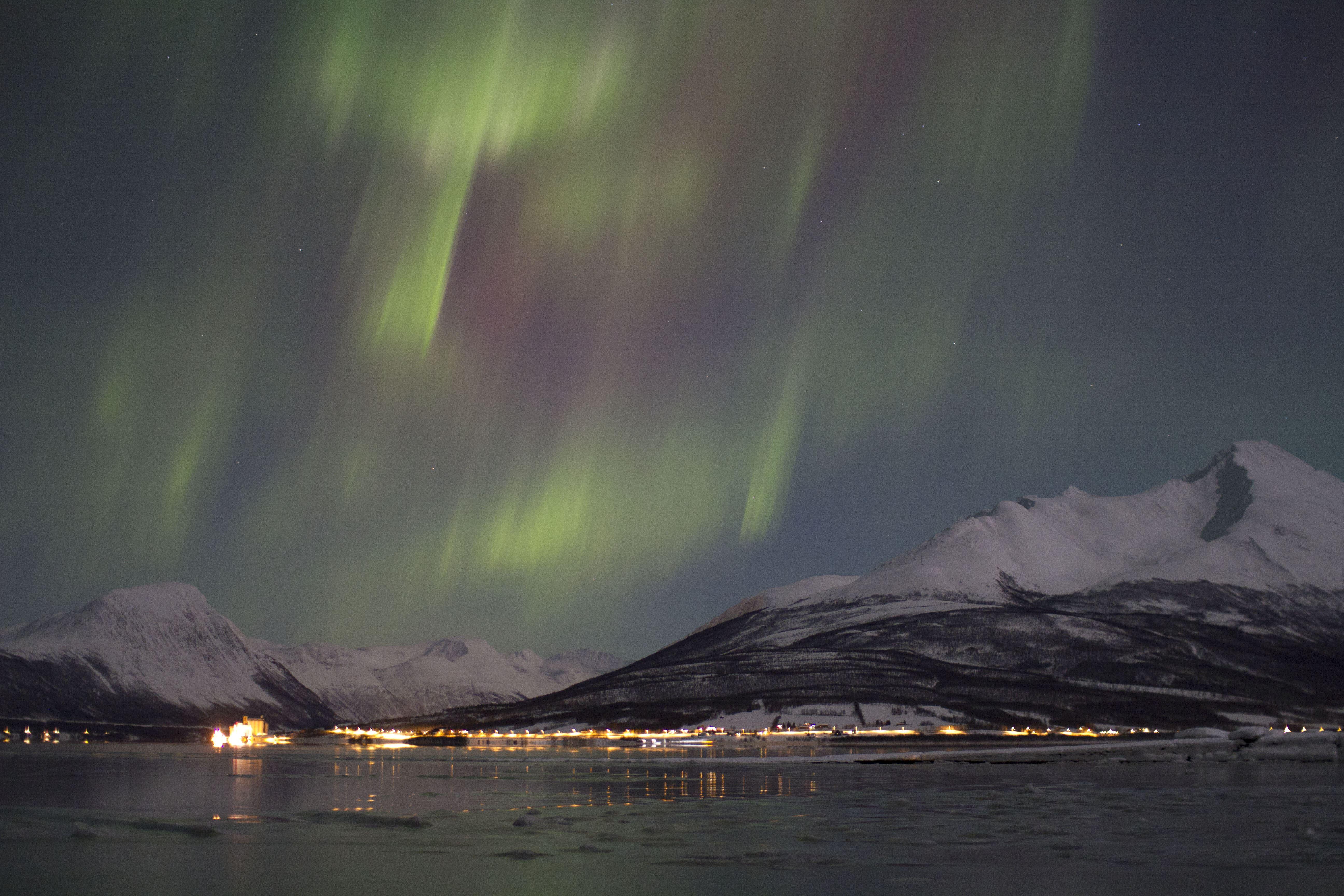 The Dancing Lights – Roy Sætre Arctic Trip